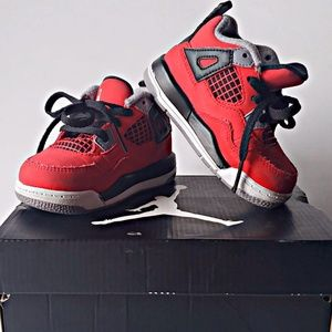 Toddler 5c Jordan black white red used